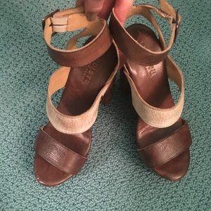 Bed Stu neutral platform sandal